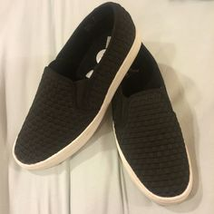 Black woven slide-on shoes. NWT Brand new! Cute and comfy! Report Shoes