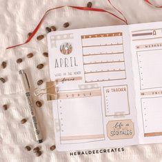 Create the perfect coffee theme for your bullet journal. Plus learn my secrets to create a simple quote spread by using your favorite supplies! Creating A Bullet Journal, Bullet Journal Monthly Spread, Bullet Journal Set Up, Bullet Journal Cover Page, Bullet Journal Ideas Pages, Journal Covers, Bullet Journals, Junk Journal, Coffee Bullet
