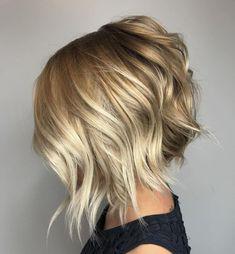 Choppy Angled Blonde Bob with long angled layers Choppy Bob Hairstyles, Short Bob Haircuts, Choppy Hair, Blonde Hairstyles, Layered Haircuts, Wedding Hairstyles, Hairstyles 2018, Choppy Bobs, Celebrity Hairstyles