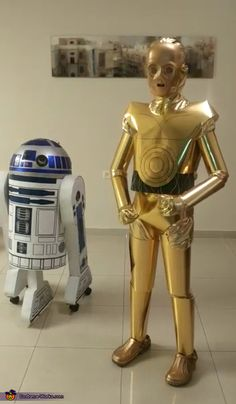 Ami: Hi A couple of weeks before the holiday, my 12 year old son asked me to make for him a C3PO costume. However just one costume was not enough :)...