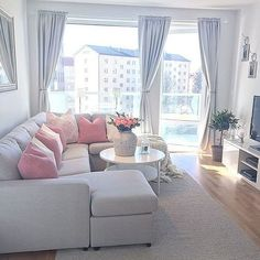 Awesome Small Living Room Design Ideas For Apartment 44 Small Apartment Living, Condo Living, Small Living Rooms, Small Apartments, Home Living Room, Interior Design Living Room, Living Room Designs, Living Room Decor, Living Room Inspiration