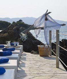 Paradisso Beach Vill