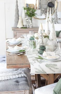 Green White Christmas Tree Tablescape / Green White Christmas Tree Tablescape / Cohesive DIY Home Decor Ideas Shabby Chic Christmas Decorations, Christmas Table Centerpieces, Christmas Tablescapes, Holiday Decor, Christmas Style, Merry Christmas, White Christmas, Christmas Ideas, Holiday Ideas