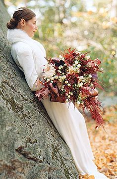 Oak leaf rust bouquet perfect for a fall or winter wedding. Bridal Bouquet Fall, Fall Bouquets, Fall Wedding Bouquets, Fall Wedding Flowers, Wedding Flower Arrangements, Autumn Wedding, Flower Bouquets, Fall Flowers, Bridal Gown