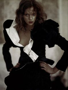 Elise Crombez photographed by Paolo Roversi - Vogue UK: September 2004