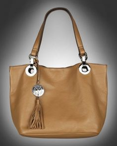 Purse with details Beige from V-Collection