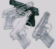 water pistolas!