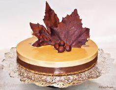 Frabisa cuisine: chocolate and nougat cake Nougat Cake, Baking Recipes, Dessert Recipes, Recipe For 4, Recipe Recipe, Brownie Recipes, Christmas Desserts, Party Cakes, How To Make Cake
