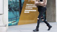 Мода улиц: джеггинсы с рваными коленками
