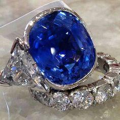 repost from @altierjewelers 24.80ct Burma Sapphire (no heat) #altierjewelers…