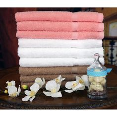 I love the details of this Egyptian Cotton towel set, and the colors. So soothing. I also really liked the price.