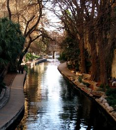 San Antonio Riverwalk - The first time I ever had a Starbucks was on the riverwalk here when we visited our friends who live in Georgetown.