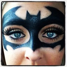 Batman Makeup !!!                                                                                                                                                                                 Más