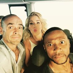 Off to the first do! #SDCC Emily Bett Rickards, David Ramsey #Arrow - Paul