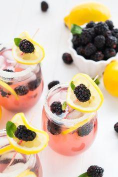 Sparkling Blackberry Lemonade | Community Post: 27 Heavenly Things To Make When Life Gives You Lemons