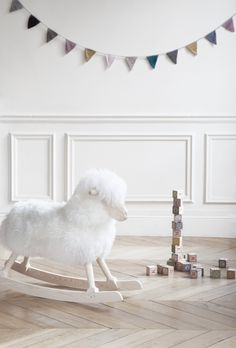 Danish Craft - Rocking Sheep