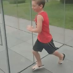 Special maze of glass