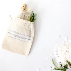 Wedding Gift Bag Stuffers : ... and bath salt gift set in muslin bag / stocking stuffer/ wedding favor