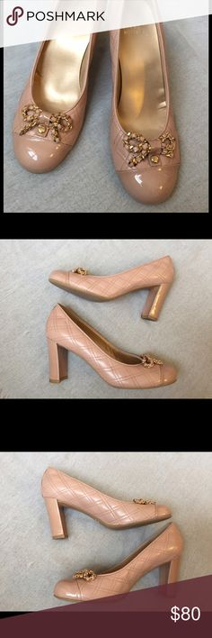 Stuart Weitzman Nude Quilted Leather & Patent Cap Superb Condition!! Stuart Weitzman Shoes Heels