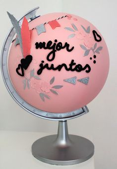 My Sweet Things: DIY | ¿Tuneamos un globo terráqueo? Cute Anniversary Ideas, Boyfriend Anniversary Gifts, Year Anniversary Gifts, Sentimental Gifts For Men, Personalised Gifts For Him, Homemade Gifts For Boyfriend, Diy Gifts For Boyfriend, Food Bouquet, Globe Art