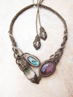 STONES SPIRIT - Macrame necklace