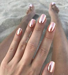 50 Eye-Catching Chrome Nails revolutionieren dein Nagelspiel - The most beautiful nail designs Chrom Nails, Nagel Blog, Rose Nails, Rose Nail Art, Trendy Nail Art, Trendy Nails 2019, Manicure E Pedicure, Manicure Ideas, Manicure Images