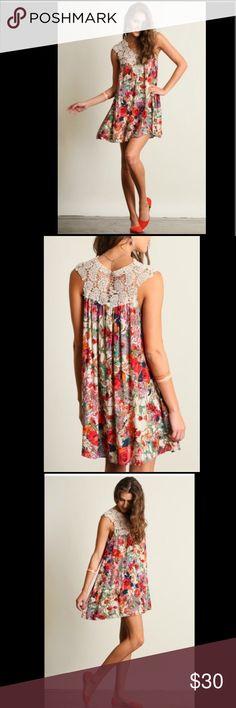 Gorgeous Floral Print Dress Beautiful floral print dress. Material-cotton blend. Limited quantity Dresses Midi