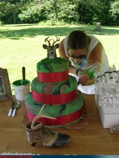 Groom's cake for the avid deer hunter- If I ever redo my vows...