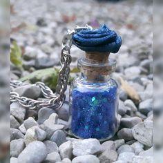 Wind Chimes, Perfume Bottles, Outdoor Decor, Beauty, Home Decor, Decorative Bottles, Beleza, Homemade Home Decor, Perfume Bottle