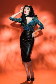 Deadly Dames - Jailbird Top in Blue 80's Leopard Print | Pinup Girl Clothing