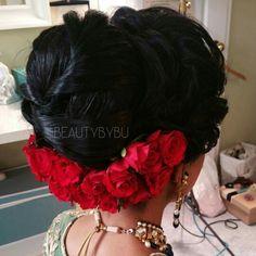 Hair Low Bun Hairstyles, Bridal Hairstyles, Wedding Shoot, Wedding Bride, Wedding Ideas, Hair Decorations, Wedding Decorations, Wedding Hair And Makeup, Hair Makeup