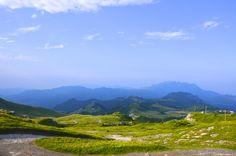 Piani di Artavaggio, Moggio LC  Vista dal Rifugio Nicola #artavaggio #lecco #mountain #nature #green #sky #clouds #blue #italia #landscape #panorama #paesaggio