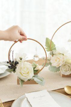 Vintage Table Decorations, Wooden Centerpieces, Diy Wedding Decorations, Floral Centerpieces, Floral Arrangements, Wedding Ideas, Masquerade Centerpieces, Balloon Centerpieces, Rustic Diy Wedding Decor