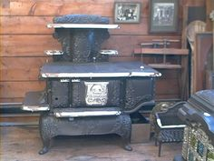 Barnstable Stove - Early Antique Stoves, Antique Coal, Wood ...