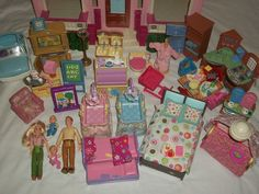 Fisher Price Loving Family Grand Doll House Dolls Furniture Twin Accessories LOT #FisherPrice