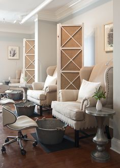 Pedicures are a very luxurious but organic experience at the Fearrington Spa a Relais & Chateaux property in NC Nail Design Nail Art Nail Salon Irvine Newport Beach Home Nail Salon, Nail Salon Design, Nail Salon Decor, Beauty Salon Decor, Beauty Salon Interior, In Home Salon, Salon Art, Spa Interior, Salon Interior Design