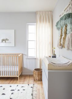 This gender neutral baby room is absolutely adorable. Check it out for nursery inspiration!