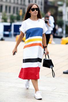 Street style: comment porter les #baskets cet été - #streetstyle #chaussures #Converse #NewYork