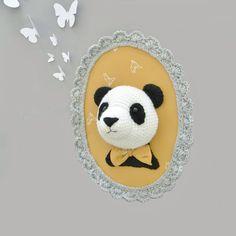 NOUVEAU /Trophée panda fait main au crochet