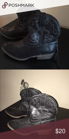 Black cowgirl boots, mid calf. Brand new Brand new, never worn. Mid calf boots, very cute! Shoes