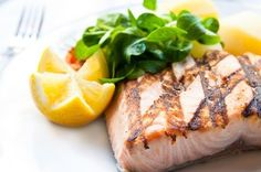Grilled Salmon with Vanilla and Prawns