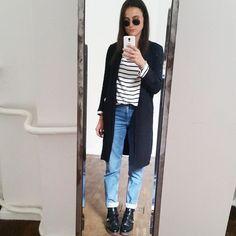 "@lenalademann's photo: ""Ajourd'hui! #ootd #girl #mompants #asos #rayban #mirrorselfie"""