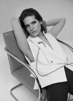 Model Hari Nef - Vogue