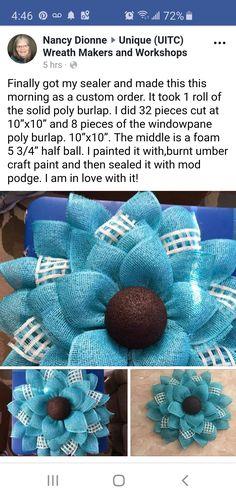 Burlap Projects, Burlap Crafts, Wreath Crafts, Diy Wreath, Tulle Wreath, Wreath Ideas, Chevron Burlap Wreaths, Burlap Flowers, Wreaths And Garlands
