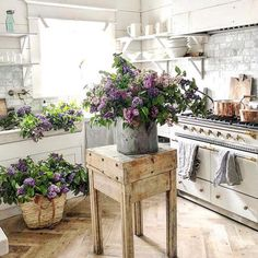 #farmhousespringdecorchallenge Day 7 - Spring Flowers. Love these lilacs in @dreamywhiteslifestyle kitchen. #lilacs #spring #flowers #pretty #farmhouse #kitchen #farmhousekitchen #farmhousestyle #beauty #farmhousedecor #flower #purple #lilac #beautiful @functionalfarmhouse @mygeorgianfarmhouse @the.farmerhouse @southern_nest @jettsetfarmhouse