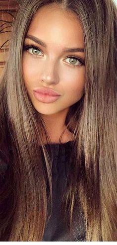 Most Beautiful Faces, Beautiful Lips, Beautiful Long Hair, Gorgeous Women, Gorgeous Makeup, Beautiful Clothes, Ash Blonde Balayage, Dark Blonde Hair, Hair Colour For Green Eyes