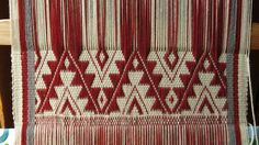Dyeing with cochineal, Mapuche technique. Inkle Loom, Textiles, Weaving, Margarita, Cottages, Folk Art, Tools, Inspiration, American