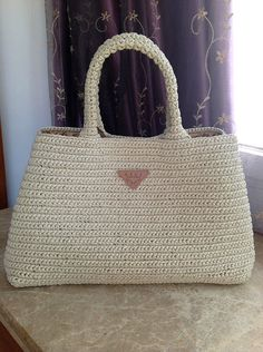 Prada style crochet bag raffia bag everyday bag di auntieshirley,       ♪ ♪... #inspiration #diy #crochet  #knit GB  http://www.pinterest.com/gigibrazil/boards/