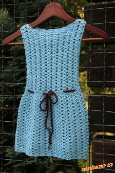 Léto v plném proudu, je čas na vložení návodu na háčkované šaty.<br>Použila jsem geniálně jednoduchý...
