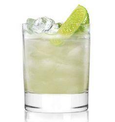 CLEO'S MARGARITA 35ml AquaRiva Tequila 15ml AquaRiva Organic  Agave Syrup 25ml freshly squeezed   #Cocktails #Recipe #Drinks